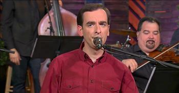 'Amazing Grace' - Bradley Walker Sings Hymn