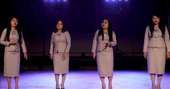4 Young Women Sing 'The Prayer'
