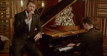 'Have Yourself A Merry Little Christmas' - Country Artist Brett Eldredge