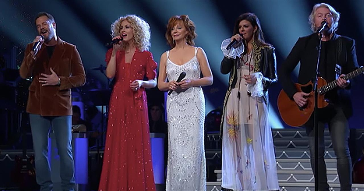 'Mary Did You Know' - Reba McEntire And Little Big Town