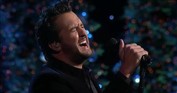 Country Star Luke Bryan Performs 'O Holy Night'