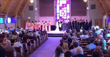 'Amazing Grace' Wedding Flash Mob For Bride