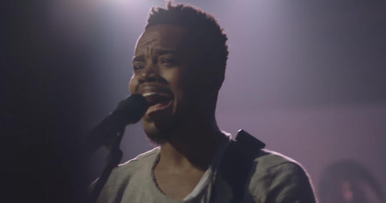 'While I'm Waiting' - Travis Greene Featuring Chandler Moore
