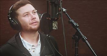 Scotty McCreery And Friends Sing 'Angels Among Us'