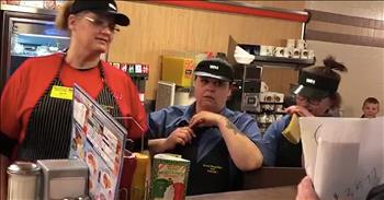 Congregation Surprises Waffle House Staff With $3,500