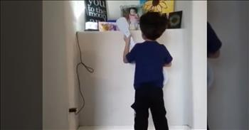 4-Year-Old Sings To Little Sister Who Passed Away