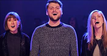 A Cappella Voices Sing 'O Come To The Altar'