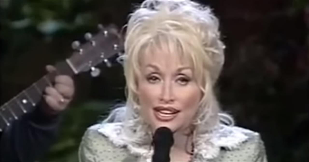 Dolly Parton 'Washed By The Blood of the Lamb/Power in the Blood' Medley