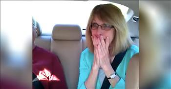 Grandma Screams Over Pregnancy Announcement