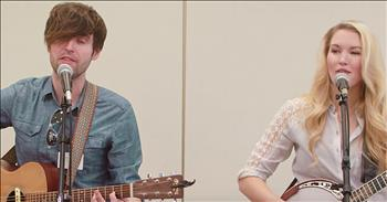 Glen Campbell's Children Sing 'Gentle On My Mind'