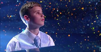 Blind Child Prodigy Performs Piano Solo