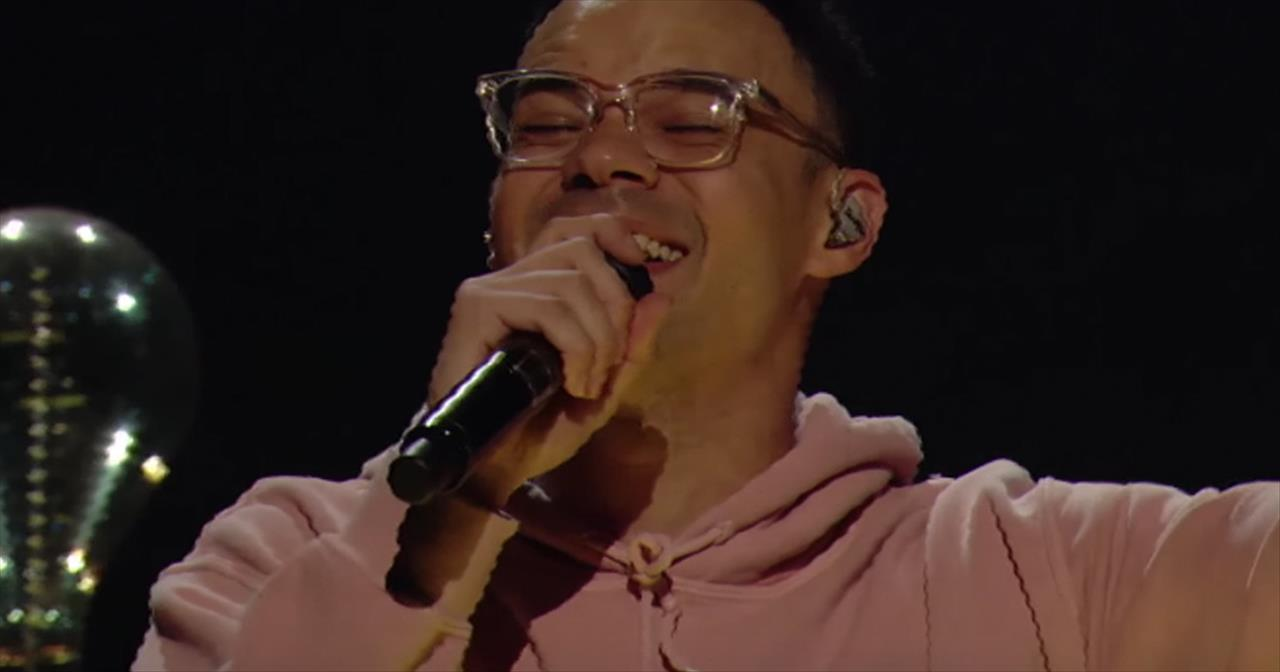 'How Great Is Our God/King of My Heart' - Tauren Wells