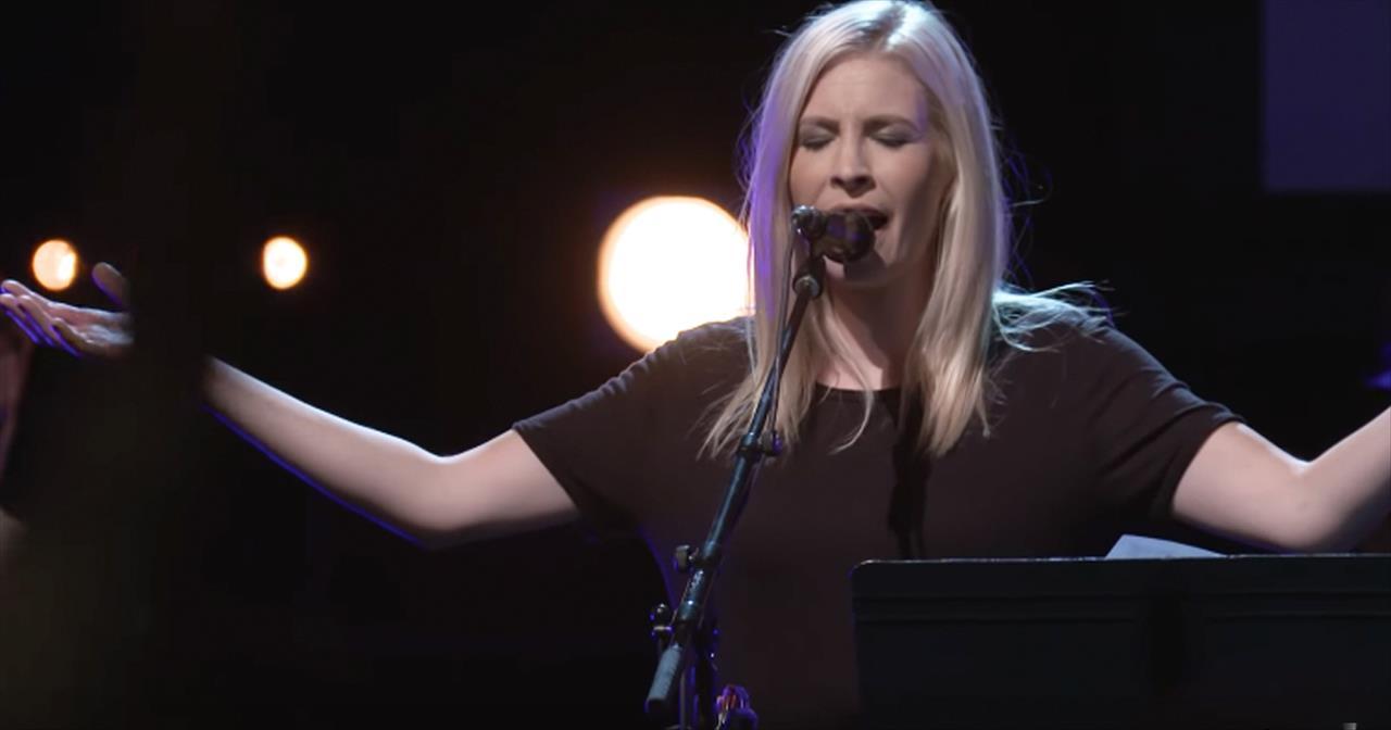 'Alleluia' - Worship From Jenn Johnson Of Bethel Music