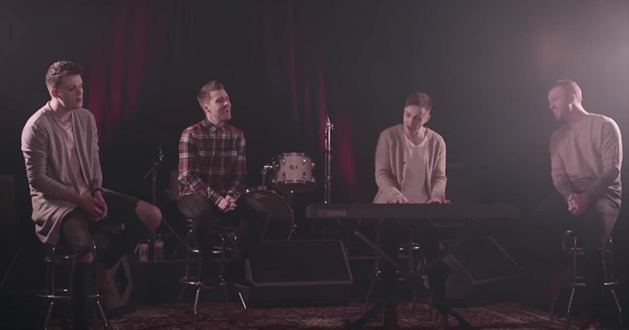 Anthem Lights Perform '10,000 Reasons (Bless The Lord)'
