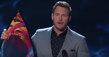Chris+Pratt+Tells+Teens+He+Loves+God+During+Awards+Speech