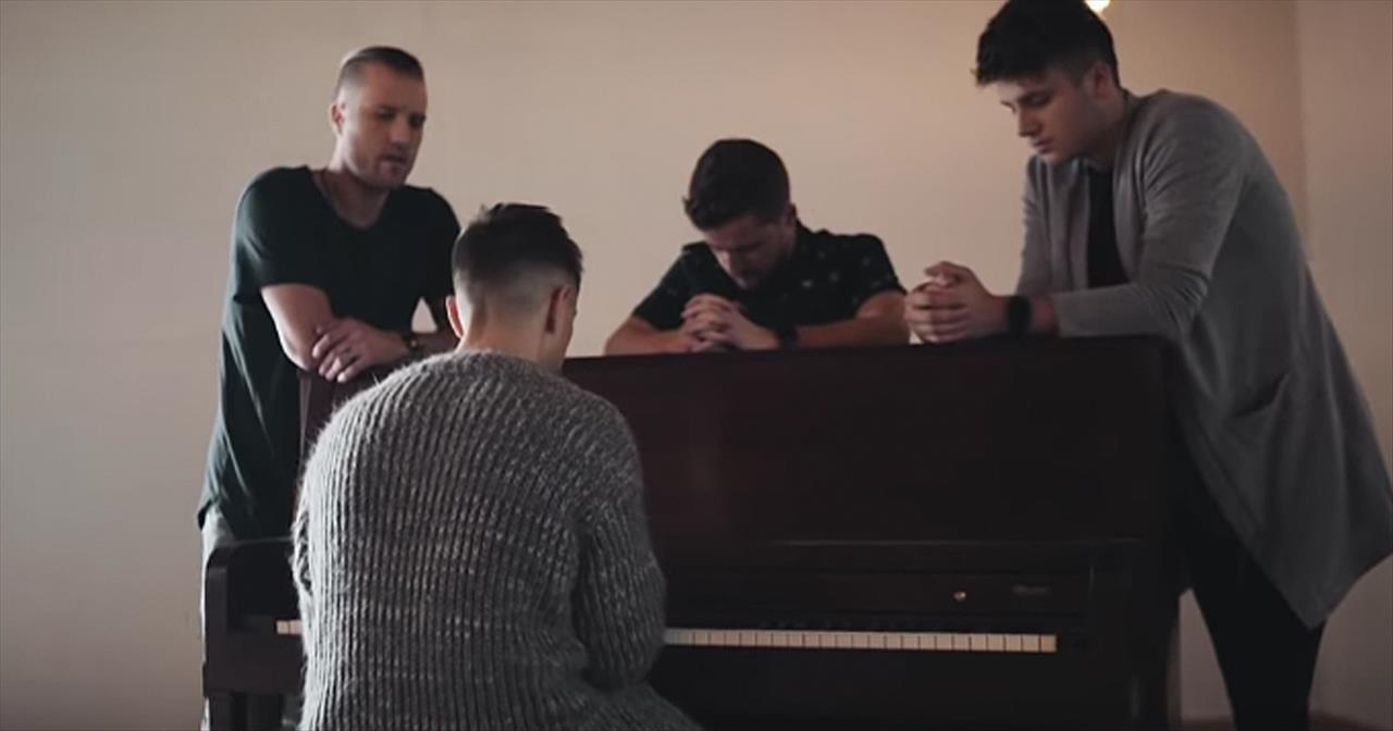 Anthem Lights Perform 'You Say' From Lauren Daigle - Christian Music Videos