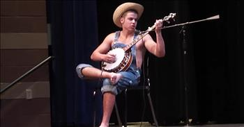 Hillbilly Stuns With Banjo Performance At Talent Show