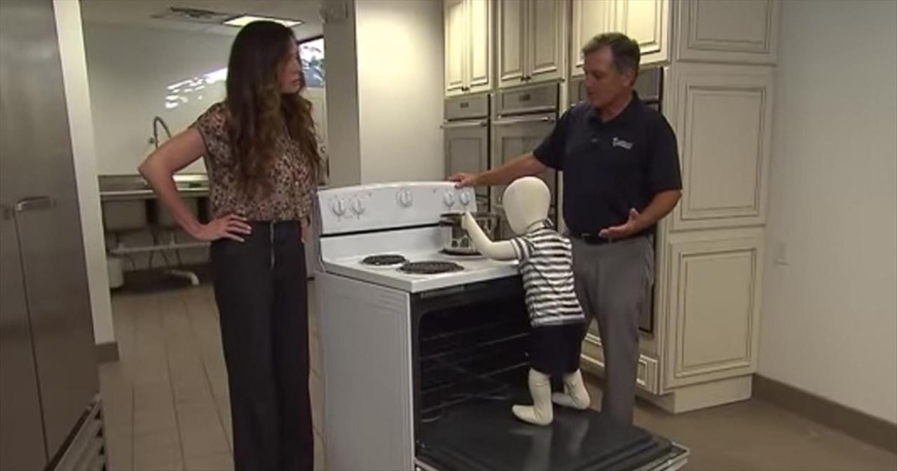 Experts Warn After Kitchen Ovens Are Becoming A Death Trap For Kids -  Family Videos