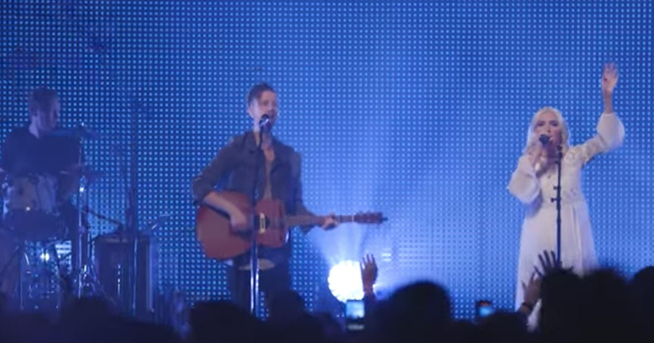 'Be Crowned' - Live Performance From Jesus Culture