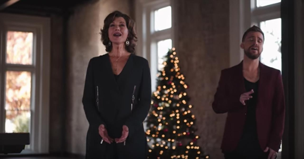 Amy Grant Emmanuel, God With Us With Anthem Lights (Official Music Video)