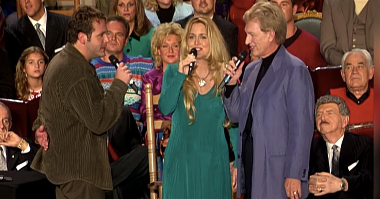 'Christmas In The Country' - Bill And Gloria Gaither And Friends