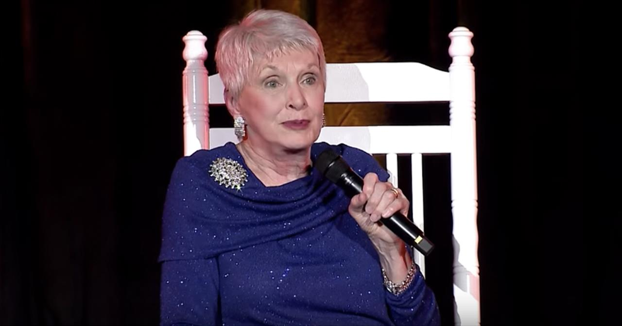 Jeanne Robertson On Getting The Perfect Christmas Gift