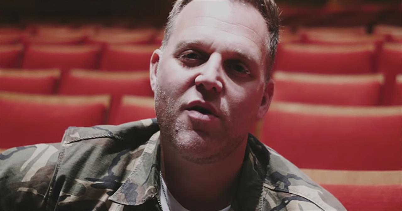 'Two Houses' Matthew West Acoustic Performance On Divorce