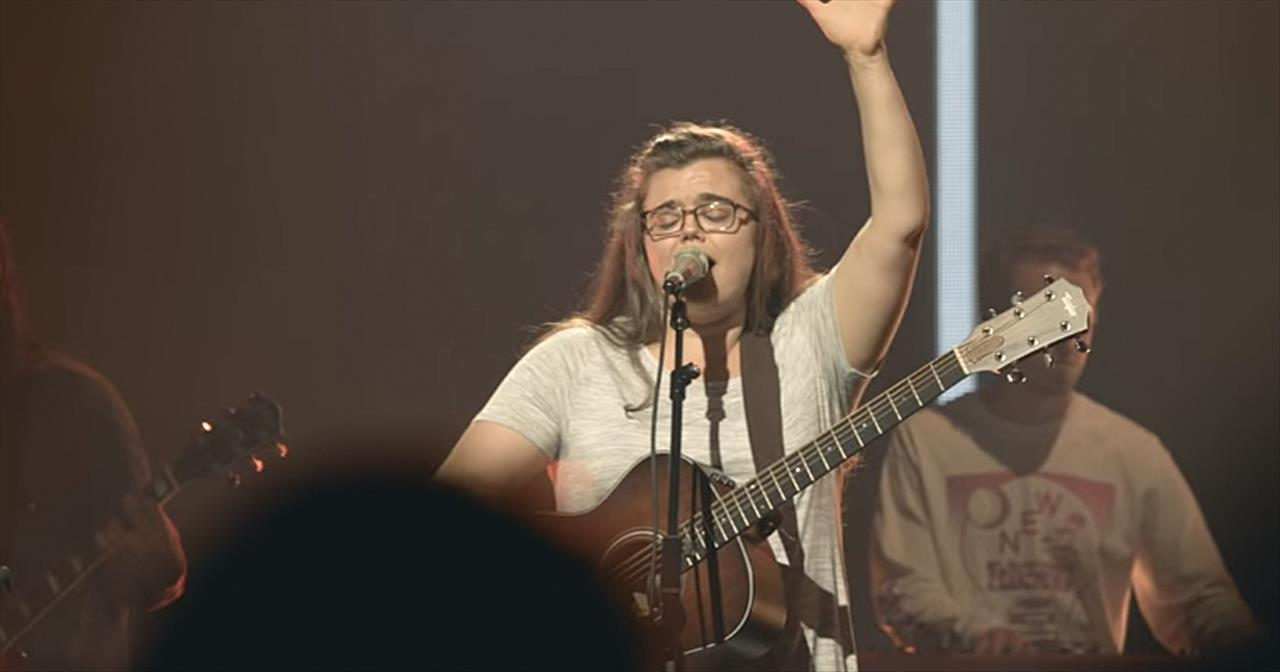 'Ain't No Grave' Live Performance From Bethel Music