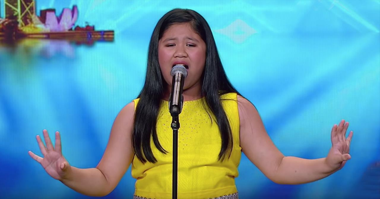 10-Year-Old's Barbra Streisand Audition Earns Golden Buzzer - Inspirational  Videos