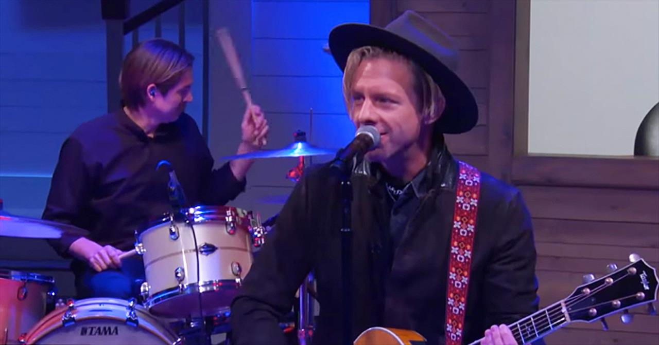 'Native Tongue' Switchfoot Performance On Pickler And Ben - Christian Music  Videos