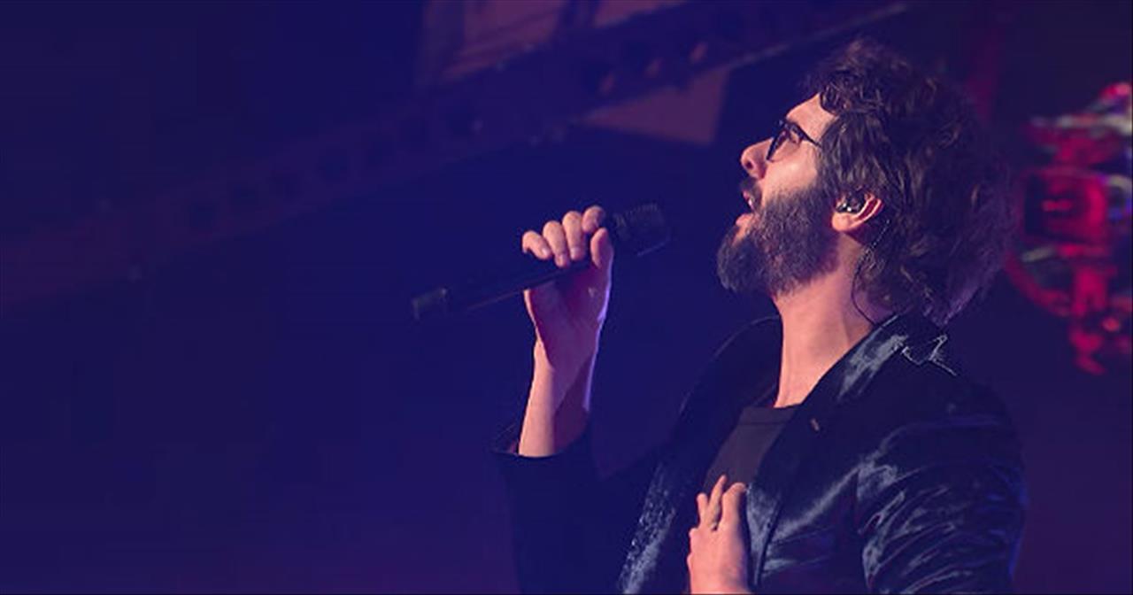 'Bigger Than Us' Josh Groban Live Performance
