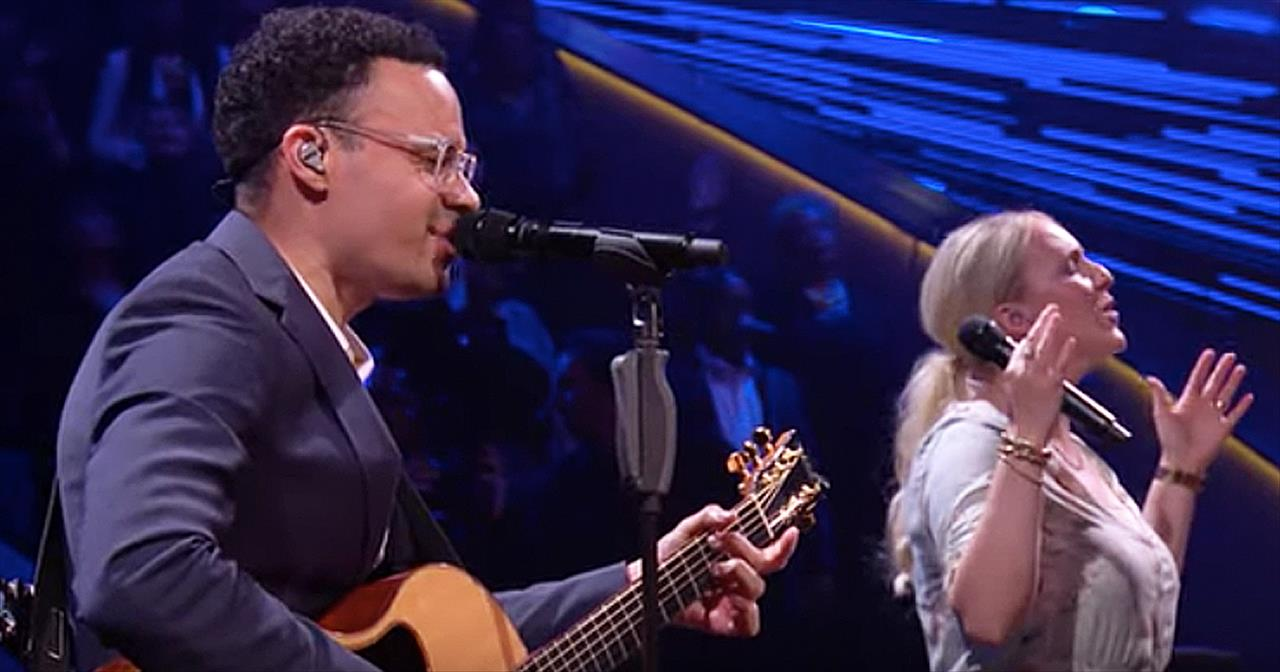 Tauren Wells And Wife Sing 'This Is A Move' Worship Song