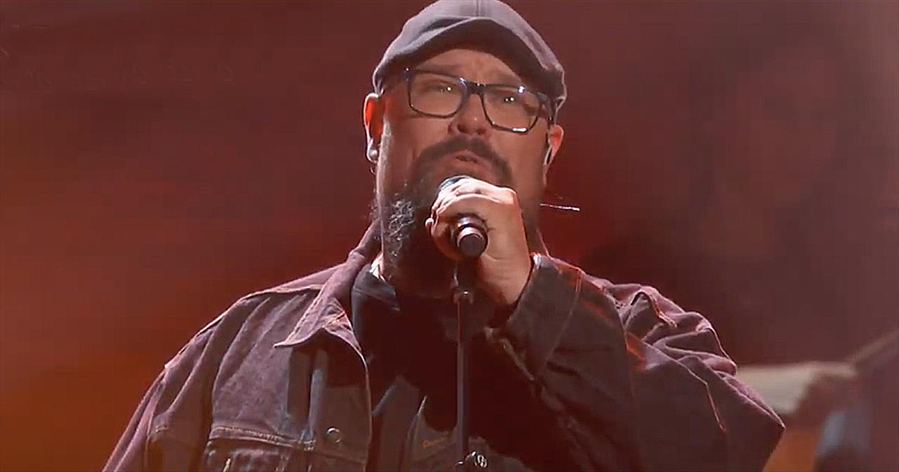 'Alive' Big Daddy Weave Performance From 2019 K-Love Fan Awards