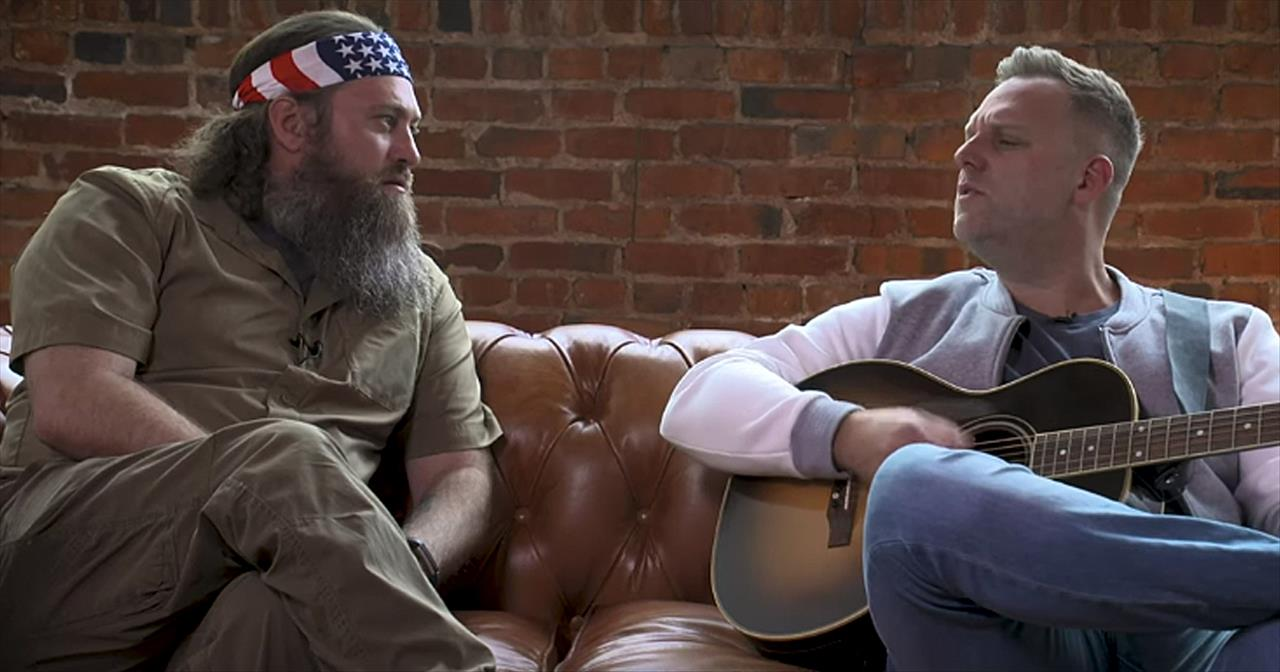 Matthew West And Willie Robertson Share Hilarious Songwriting Session