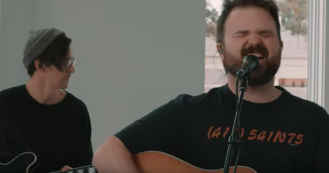 'Heaven Fall' Cody Carnes Acoustic Performance
