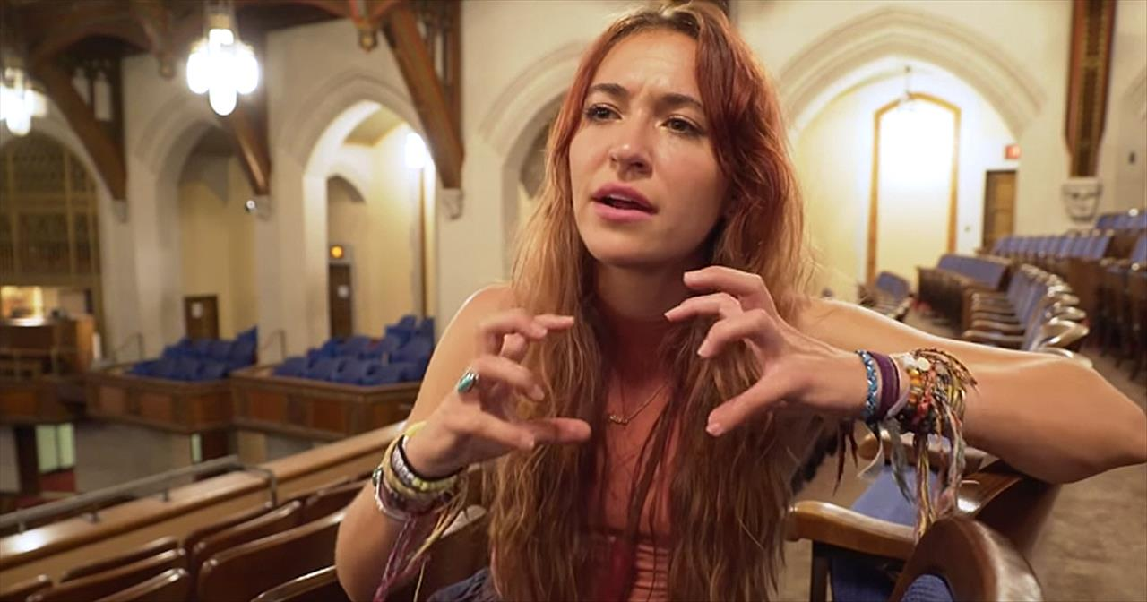 Lauren Daigle Shares The Story Behind 'Rescue'