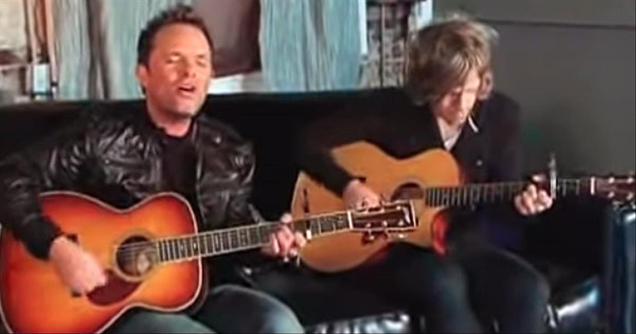 'Jesus Messiah' Chris Tomlin At New Song Cafe
