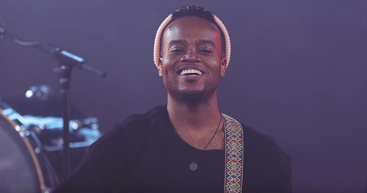 'Broken Vessels' Travis Greene Official Music Video