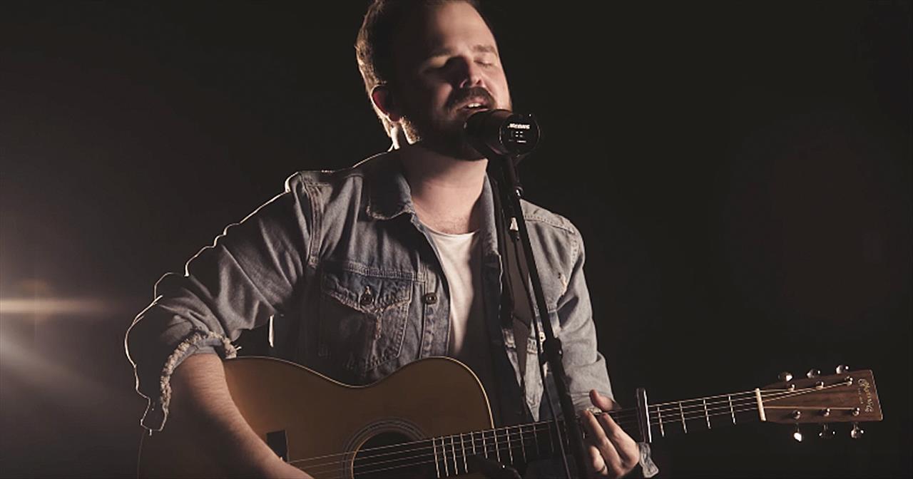 'Full Of Faith' Cody Carnes Acoustic Performance