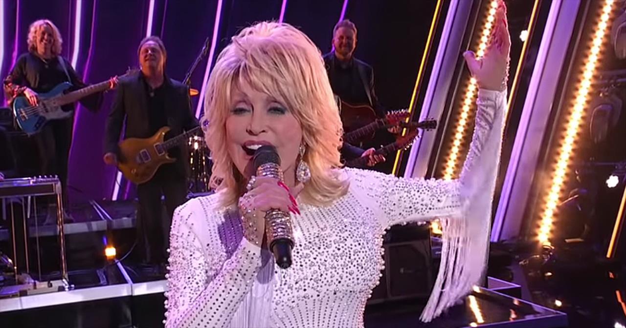 Dolly Parton Sings A Faith Medley With Christian Artists At CMA Awards