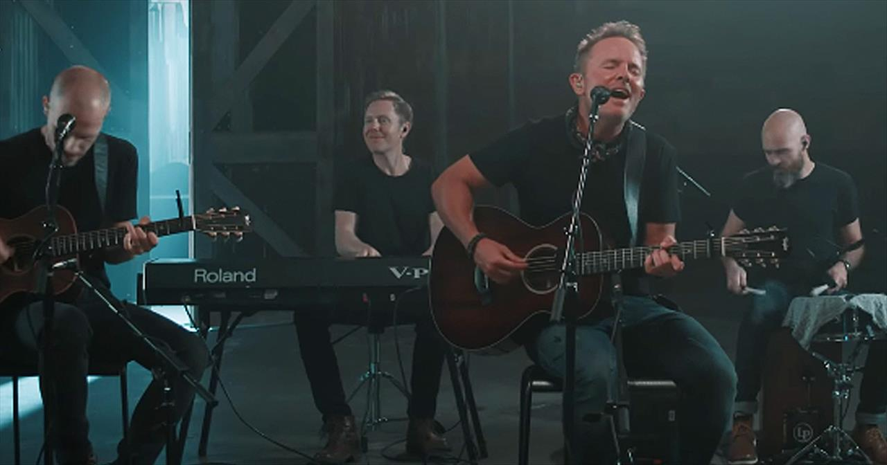'Praise Him Forever' Chris Tomlin Performance At New Song Cafe