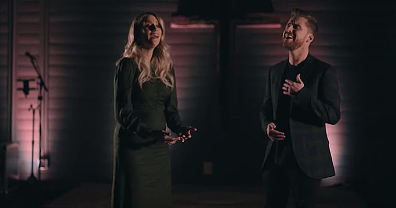 'The Prayer' Husband And Wife Perform Andrea Bocelli Cover