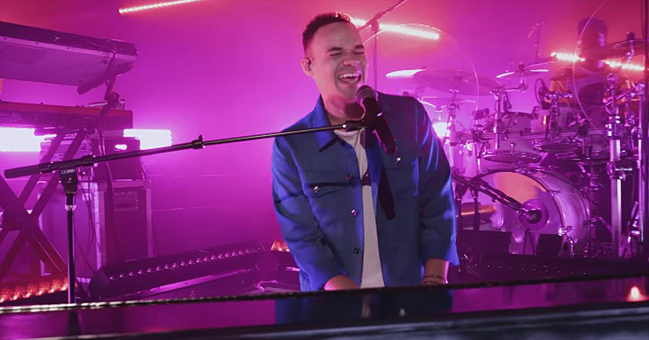 'Like You Love Me' Tauren Wells Official Music Video
