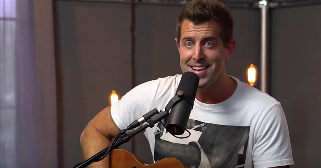 Jeremy Camp Performs Our Favorite Gospel Songs On Acoustic Guitar