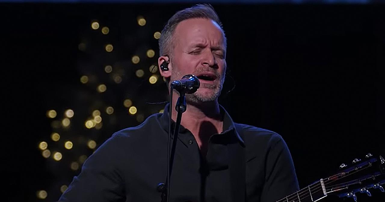 'Doxology' Acoustic Worship From Brian Johnson Of Bethel Music