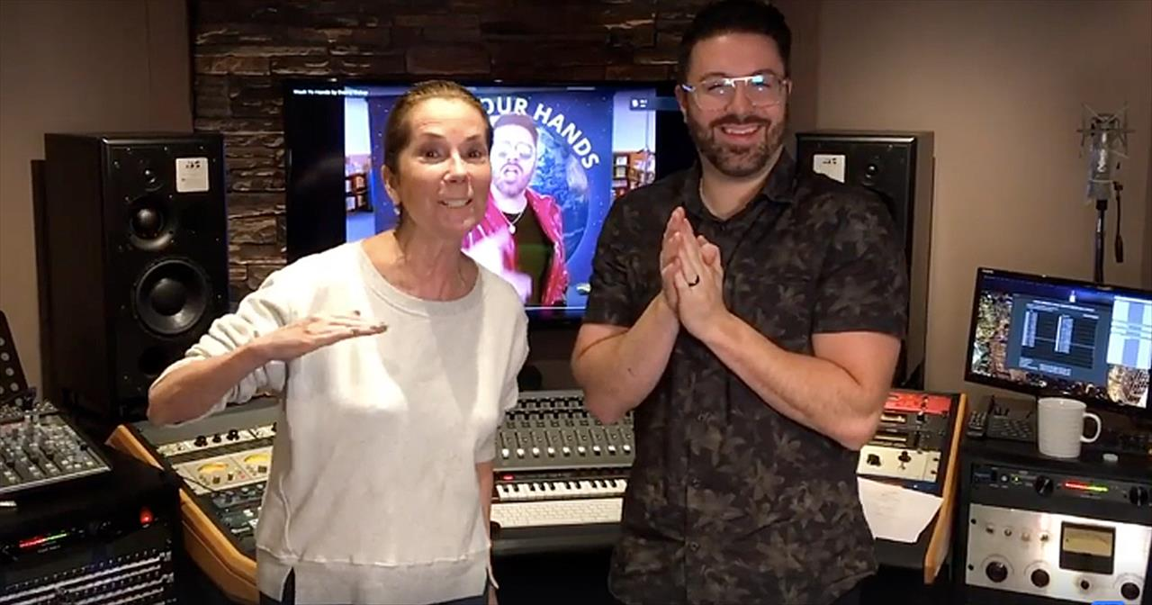 Kathie Lee Gifford And Danny Gokey 'Wash Your Hands' Dance