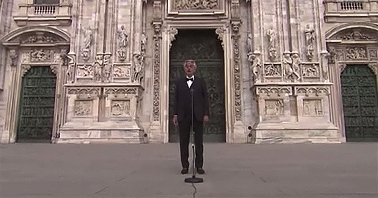 Andrea Bocelli Sings 'Amazing Grace' In Empty Plaza In Milan