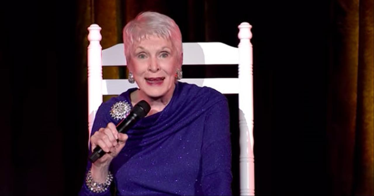 Jeanne Robertson Receives An Unexpected Response From The Plastic Surgeon