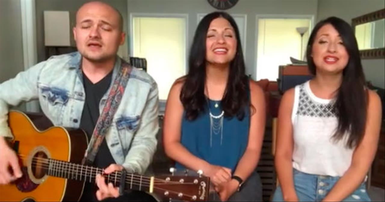 3 Siblings Of Daves Highway Sing 'Because He Lives'