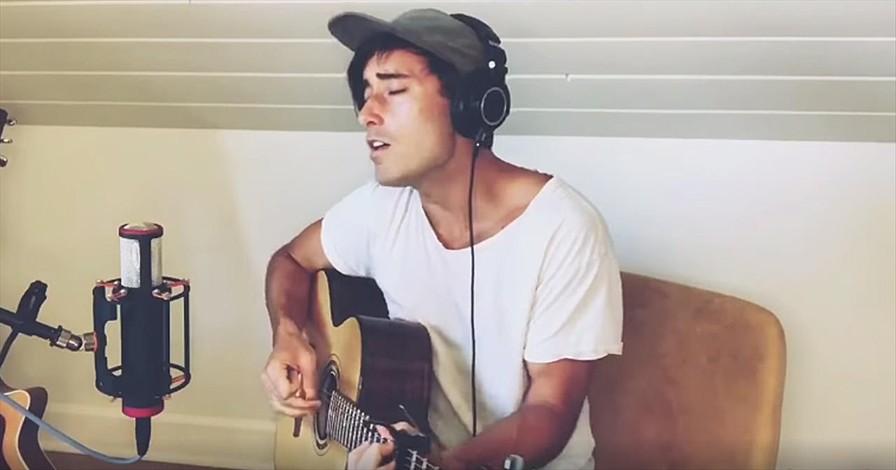 'I Can Only Imagine' Phil Wickham Performs Classic Tune In Quarantine
